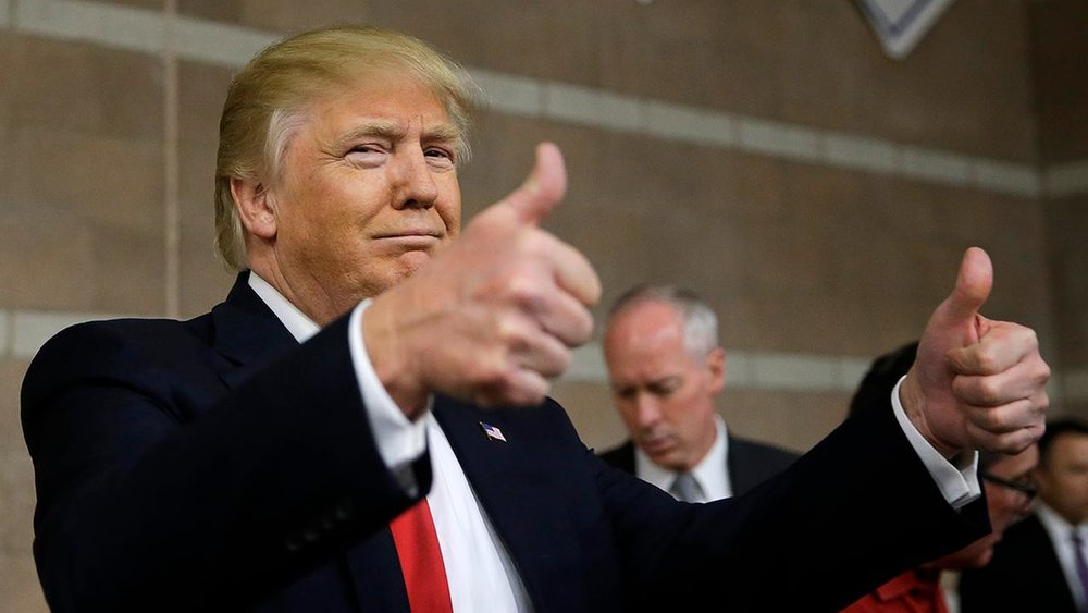 trump thumbs up.jpg