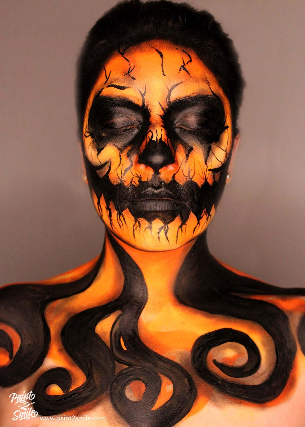 jack o lantern face painting frontal view