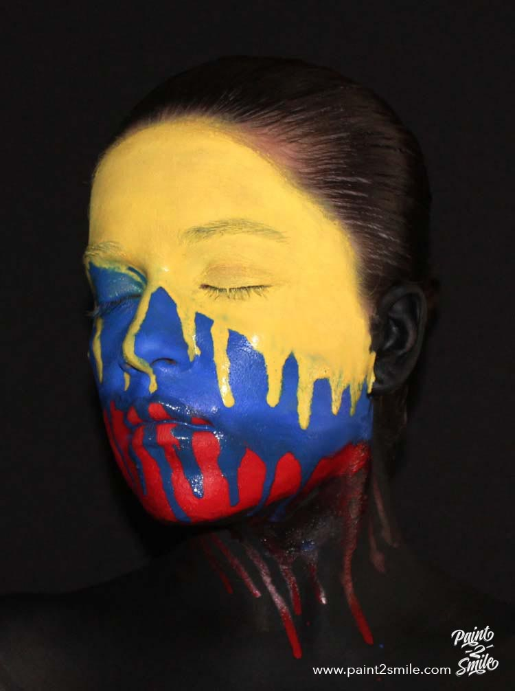 Colombia's flag face paint