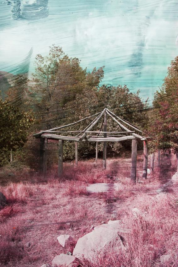 pink_hut_sm.jpg