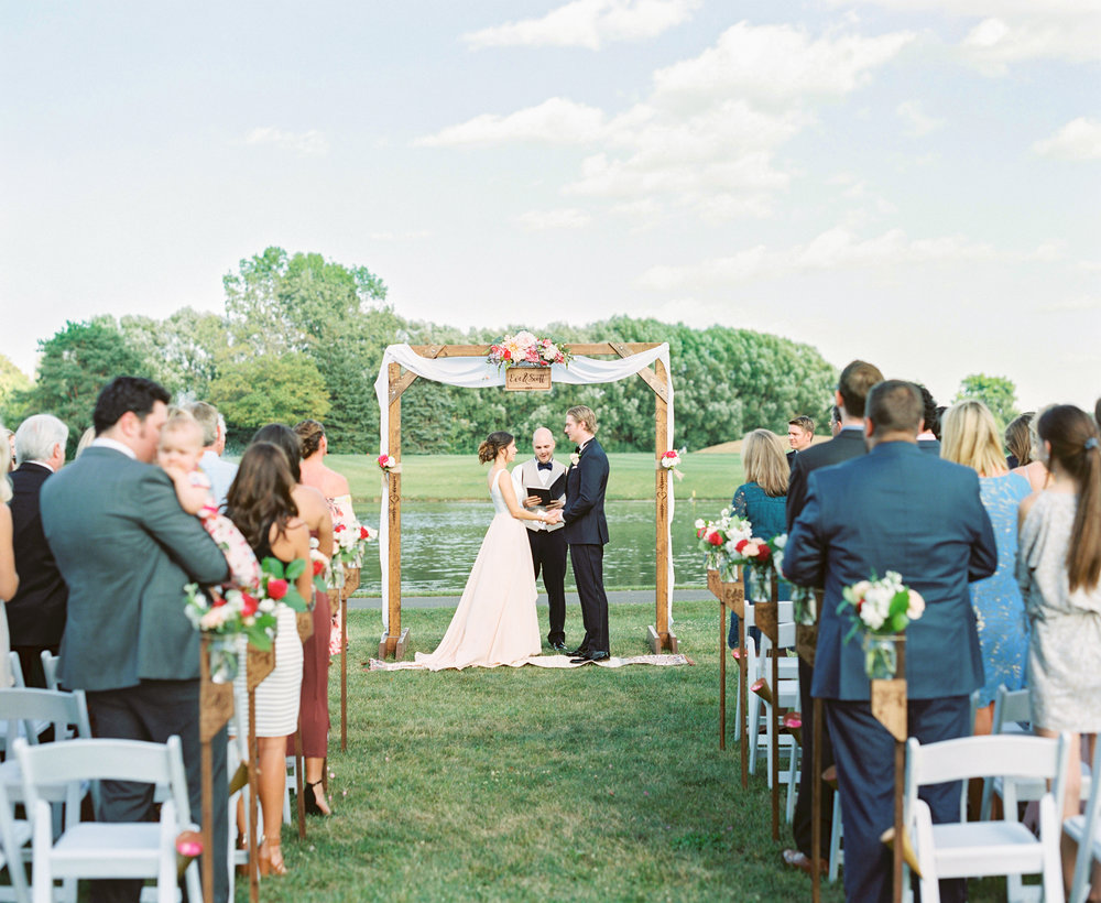 little turtle club outdoor ceremony in columbus ohio