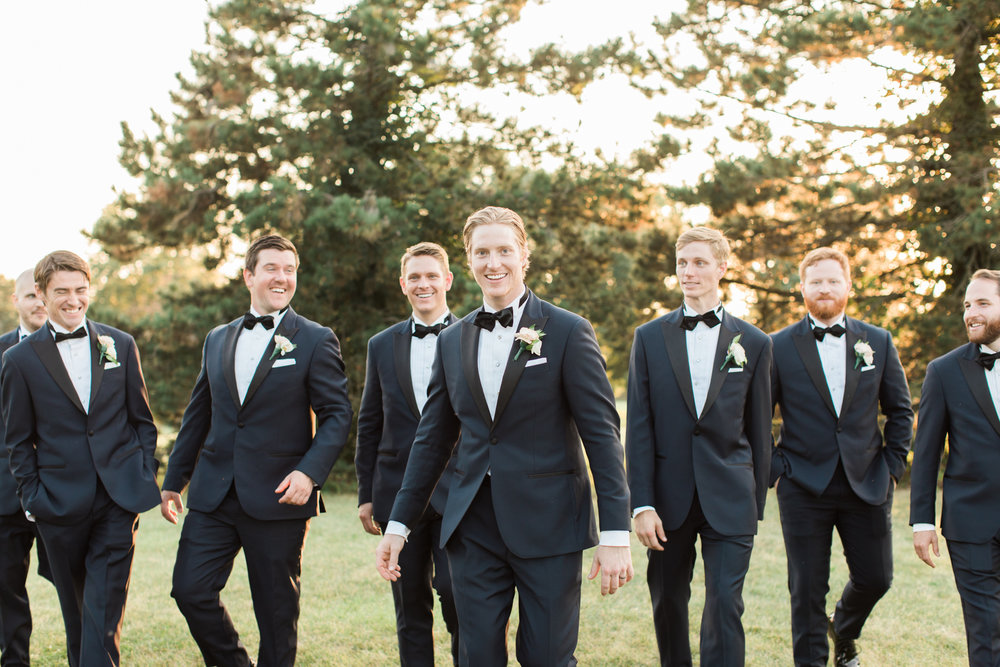 groomsmen bridal party portraits at little turtle club wedding in columbus ohio