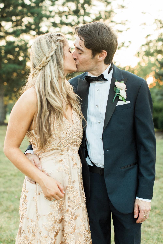 bridesmaid and her boyfriend at little turtle club wedding in columbus ohio