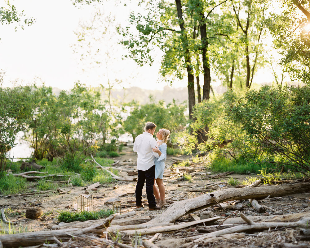 Engagement Photographer Louisville | Kentucky Wedding Photographer