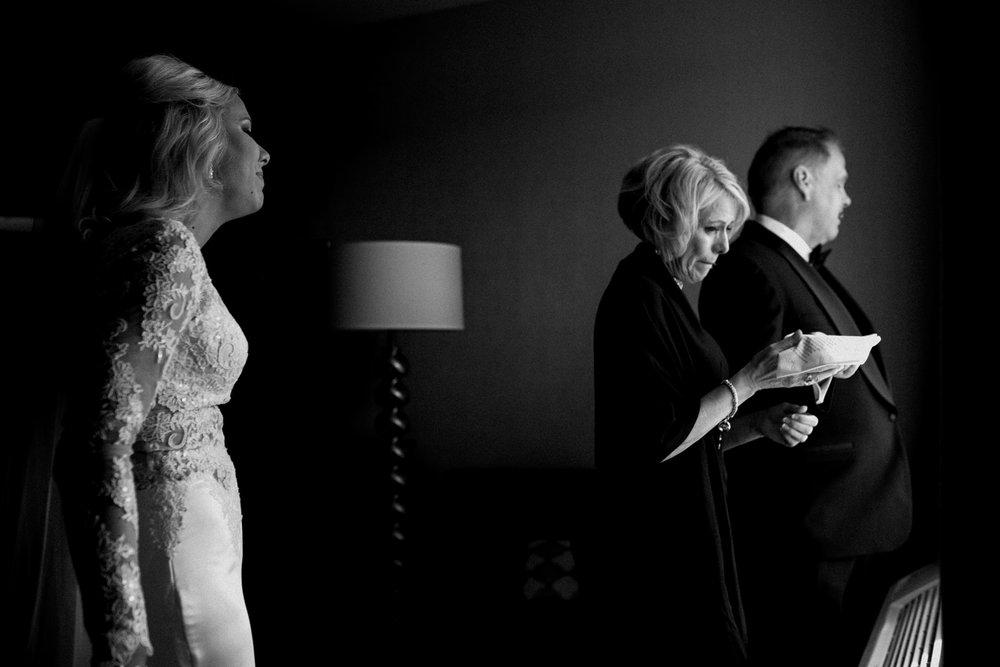Best Wedding Photographer Louisville