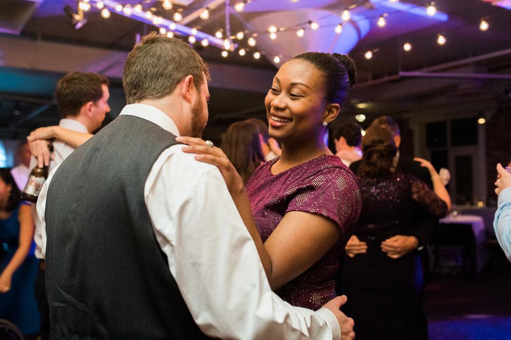 Louisville_Wedding_Mellwood_Arts_Center-78.jpg