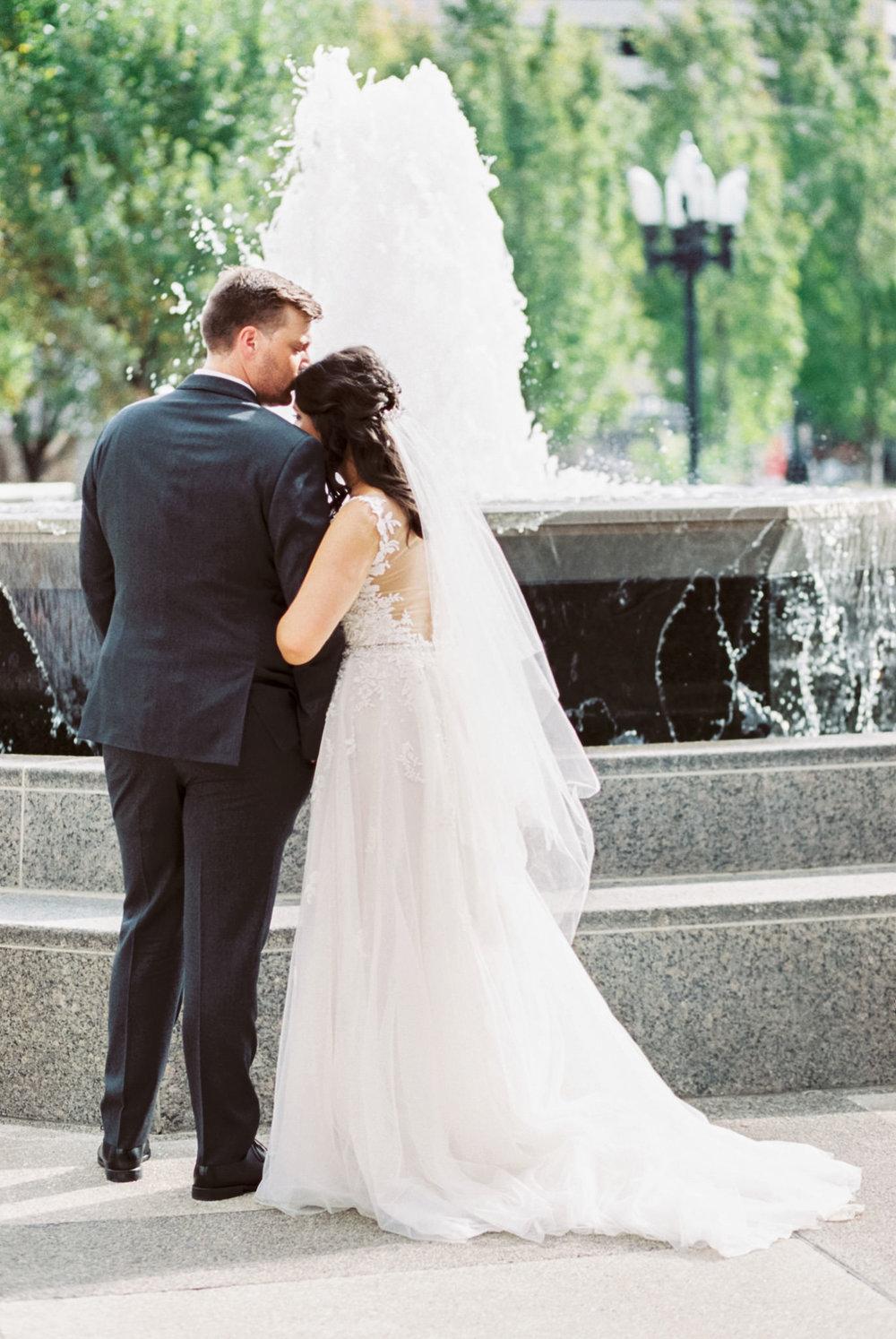 Louisville_Wedding_Mellwood_Arts_Center-26.jpg