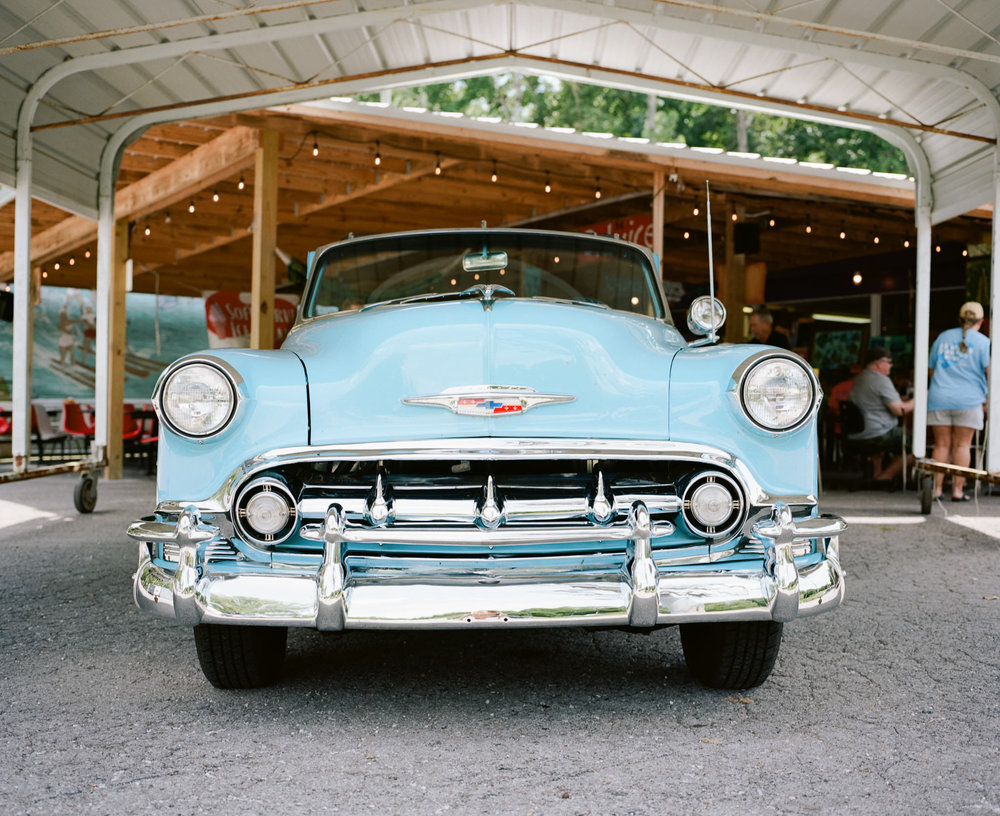 Image of baby blue antique car taken with the Mamiya 7 and 80mm f/4 lens