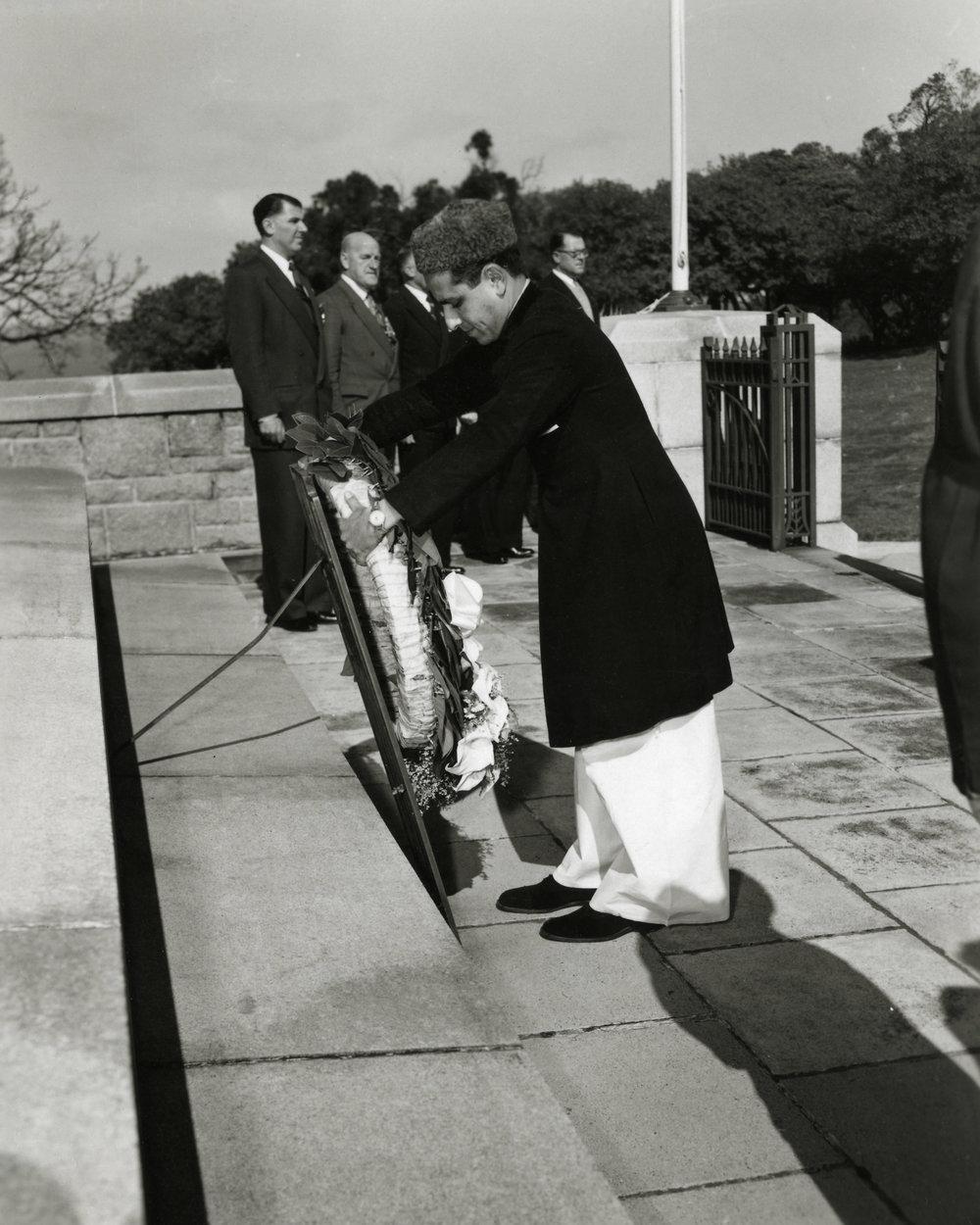 Sadiq Bux laying a wreath at the Perth War Memorial circa 1950's