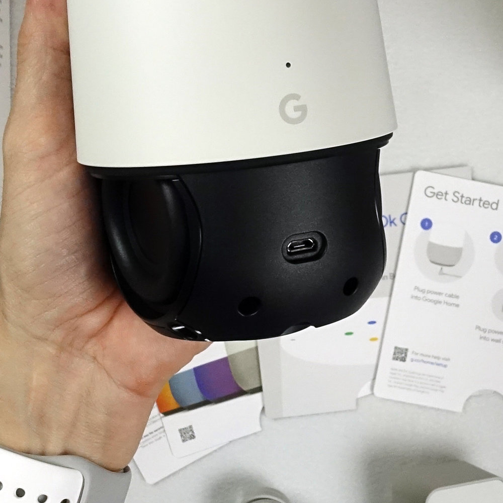 google home unboxing rear micro usb detail.jpg