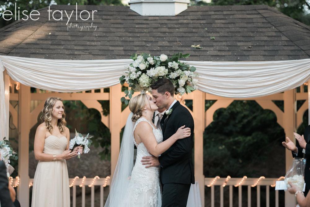 Wedgewood Tapestry House Wedding in LaPorte, Colorado