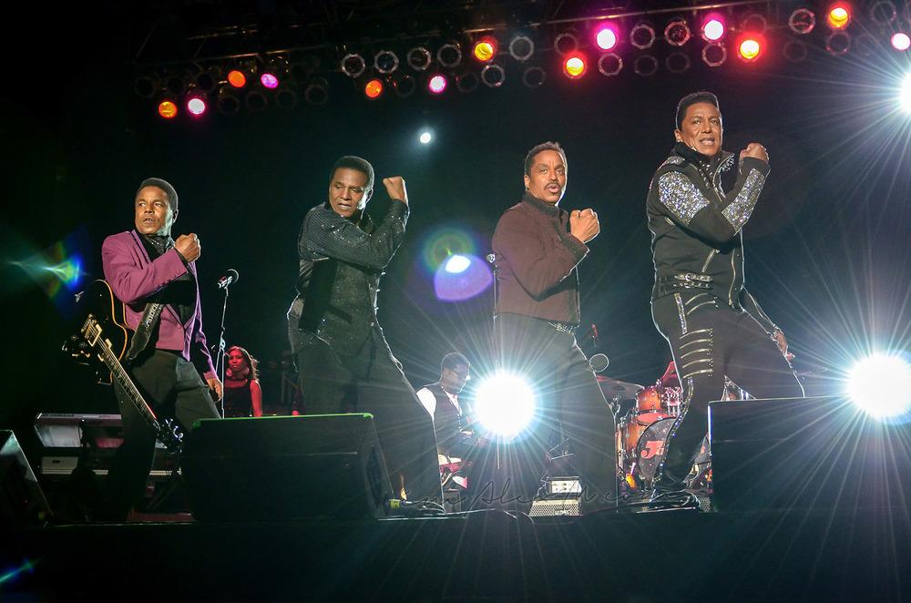 The_Jacksons.jpg
