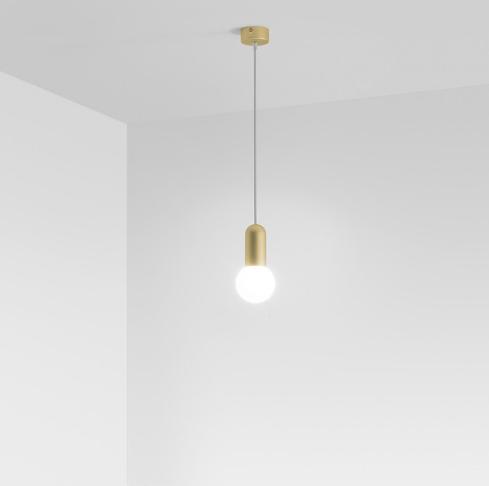 HD3 Pendant Lamp in gold