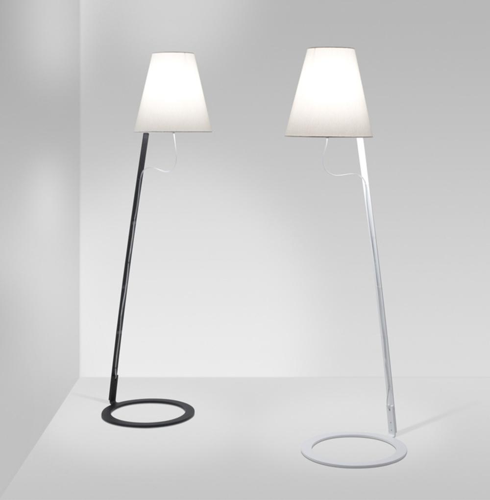 Kapelo Floor Lamp-01.jpg