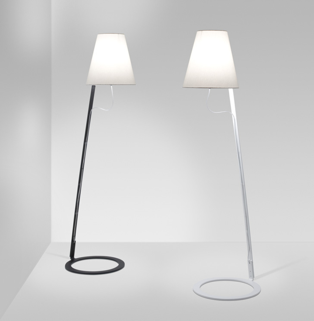 Kapelo floor lamp in black & white