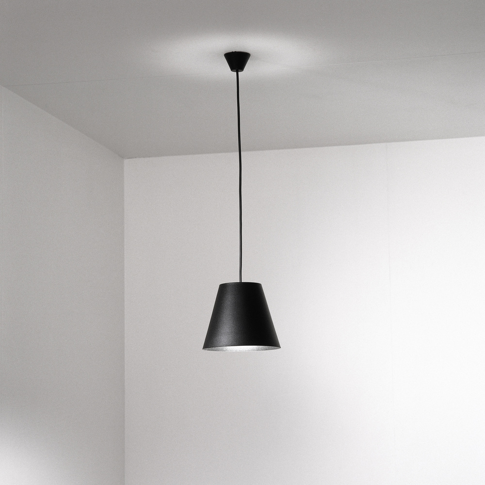 ISM Objects_Shady small black_Pendant copy.jpg
