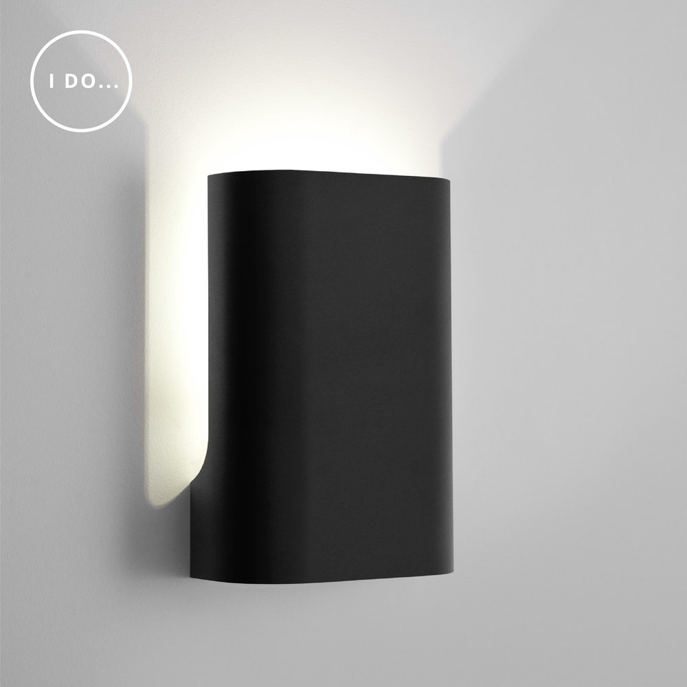 ISM Objects_I Do Up small flat black_Wall_WT-01.jpg