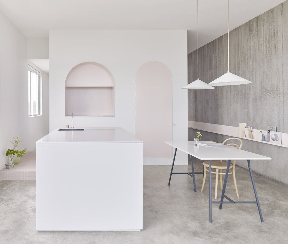 Single Residential Interior Winner Project: Footscray Apartment by BoardGrove Architects  - Featured Dulux colours: Natural White, Black Caviar and Colorbond Dune  Photo Haydn Cattach.