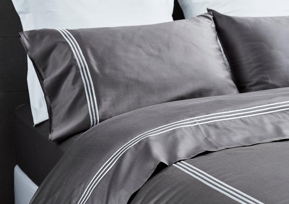 Hotel Quilt Set