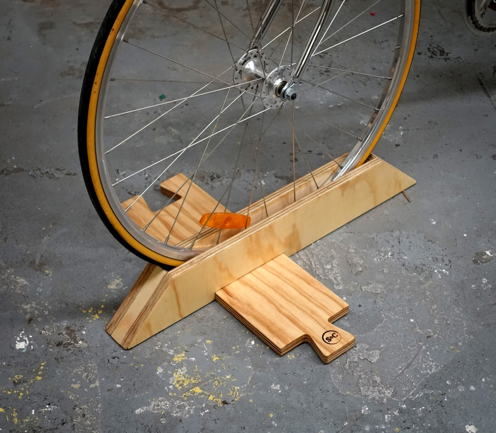 bikestand3.jpg