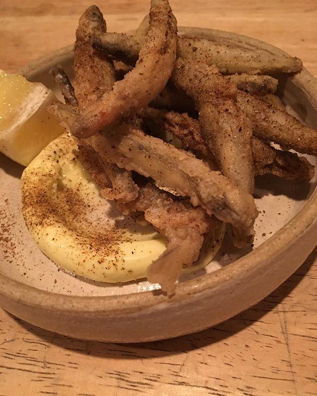 Crispy smelt, shishito lemon salt, lemon aioli #racionpasadena #tapas #spanishfood #suckerforsmelt #eeeeeats #eaterla #lafoodporn