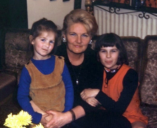 The Three Svavas - that's me on the left, my grandma Svava and Svava Barker, an english girl whose father was my grandmother's good friend and named his first daughter after my grandma