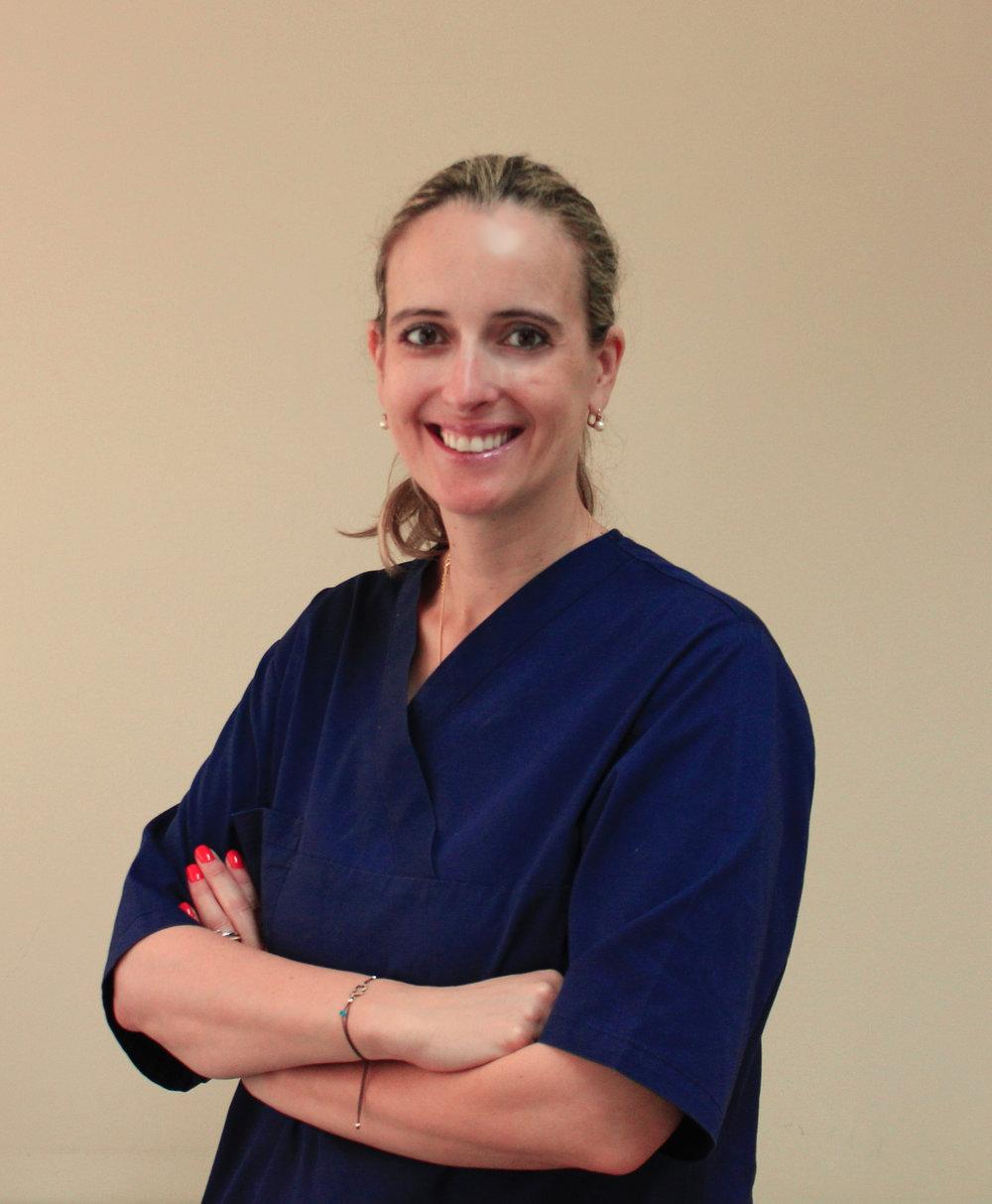 Sónia Fangaia  Dentist  (C.V)