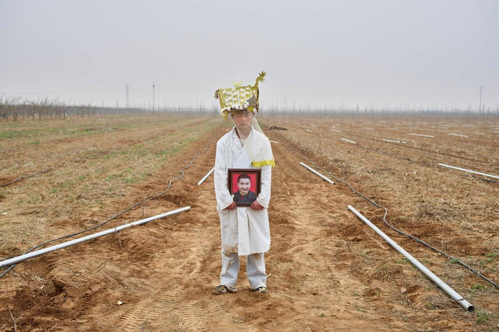 Dwars door China  Een reis dwars door China,van noord naar zuid, op zoek naar de Chinese ziel.