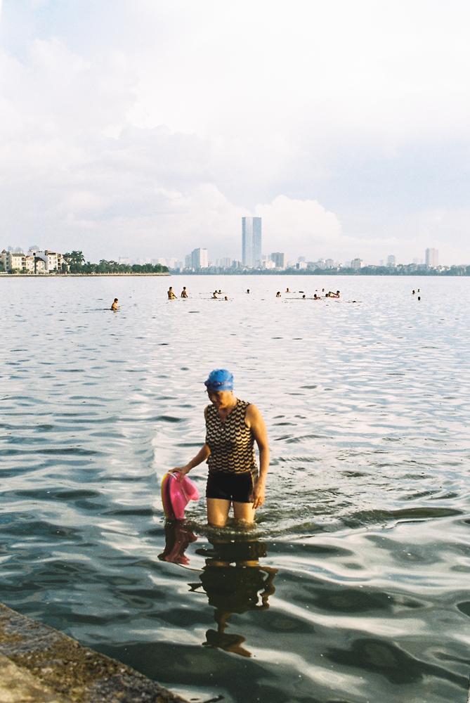 Daily-swimmer-1,-Ho-Tay,-Hanoi,-Vietnam.png