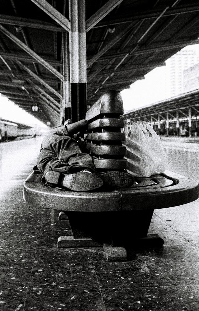 Feet,-Hua-Lompong,-Bangkok.png
