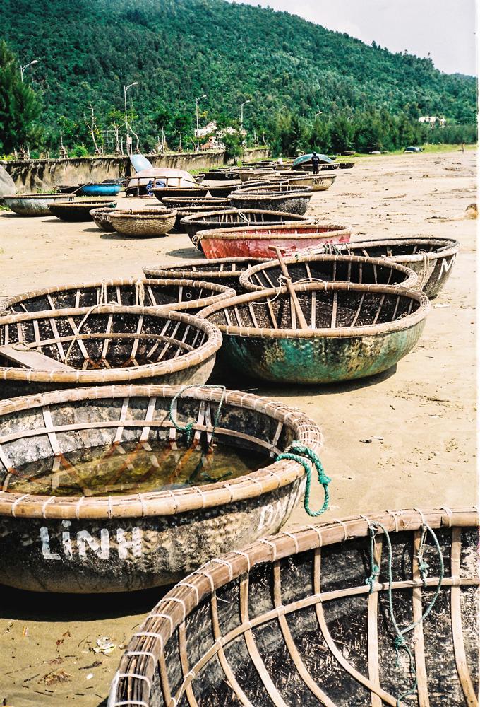 Fishing-Bowls,-Danang(-Vietnam.png