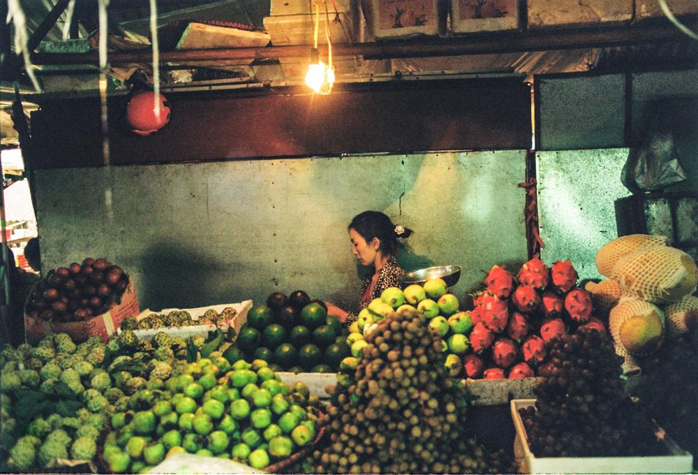 Fruiterer,-Sapa,-Vietnam.png