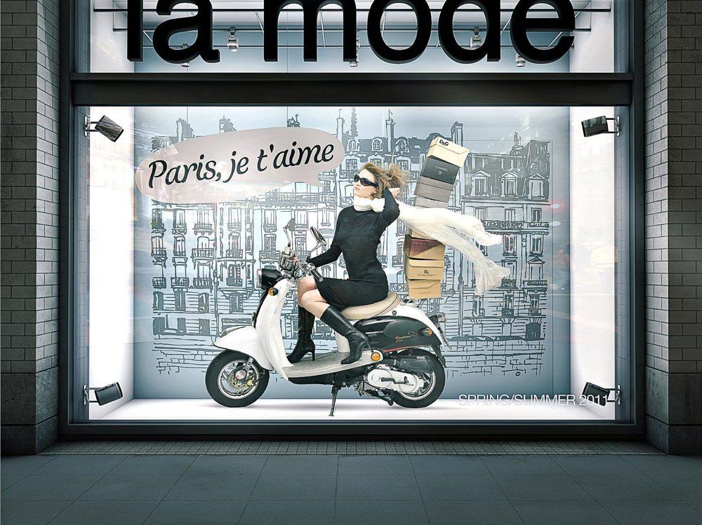 DLP_Bike in shop window.jpg