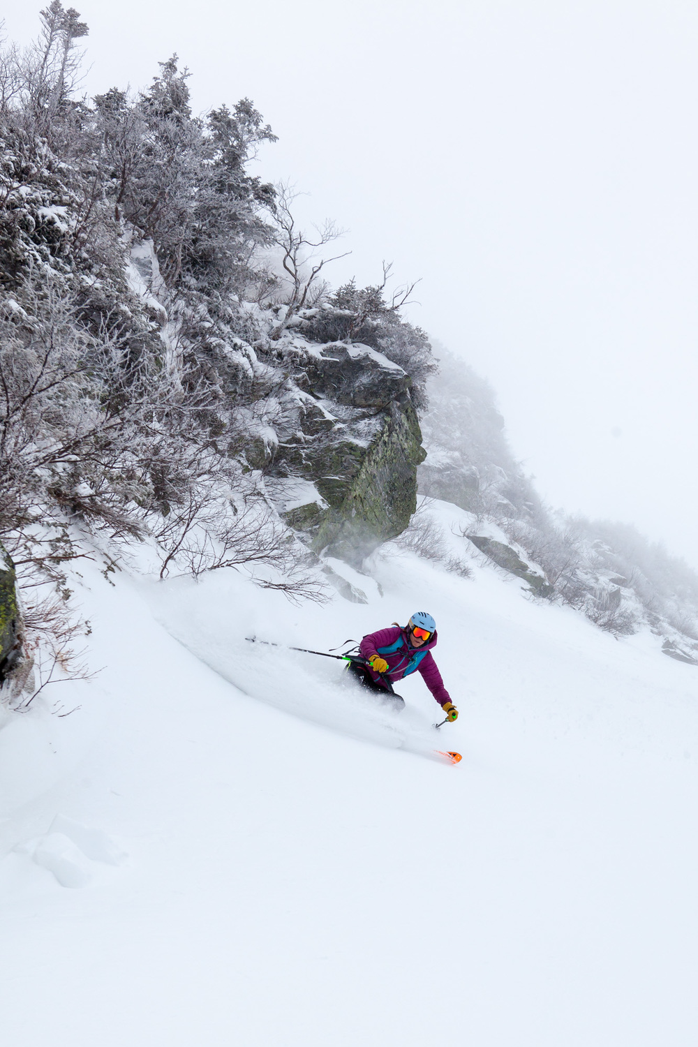 Hilary McCloy Skiing Right Gully.