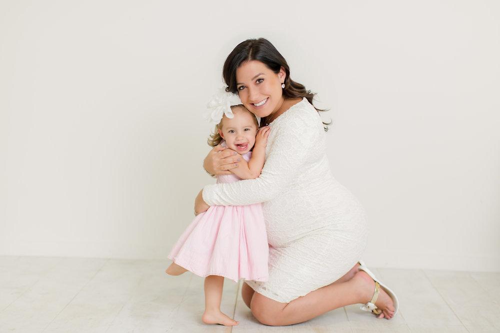 Munaco_Maternity2-14.jpg