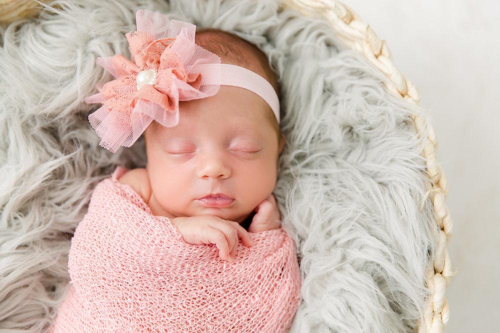 Vivian_newborn-19.jpg