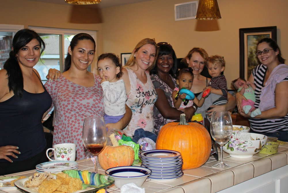 Six Lovely Moms at the Simi Valley Mommy Group Swap