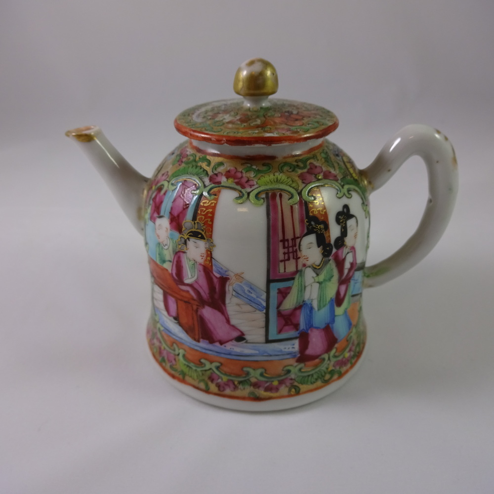 Chinese Export Rose Medallion Teapot circa 1850's
