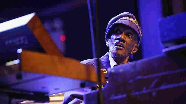 RIP to Bernie Worrell the most prolific keyboard player Iv ever watched!!! Every time I play my @moogmusic synths I think of the way Bernie Worrell played! #music #ripbernieworrell #rip #ripbernieworrell  #samharmonix WE LOVE YOU!