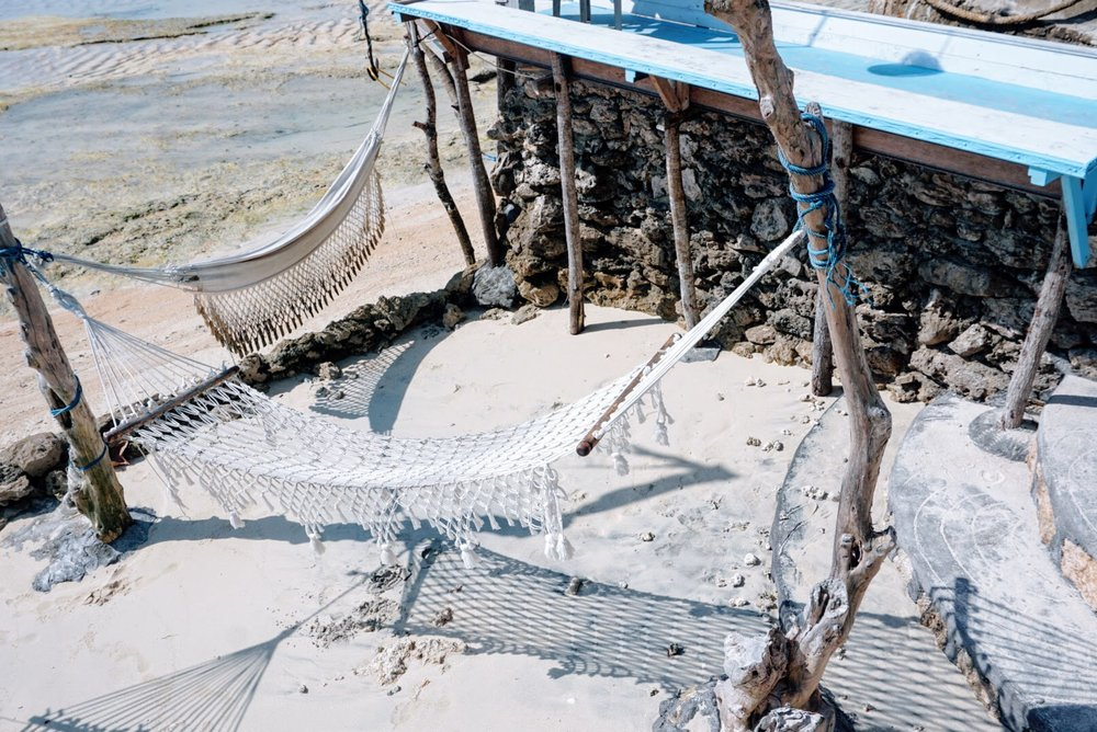 Sea Breeze Ceningan hammocks