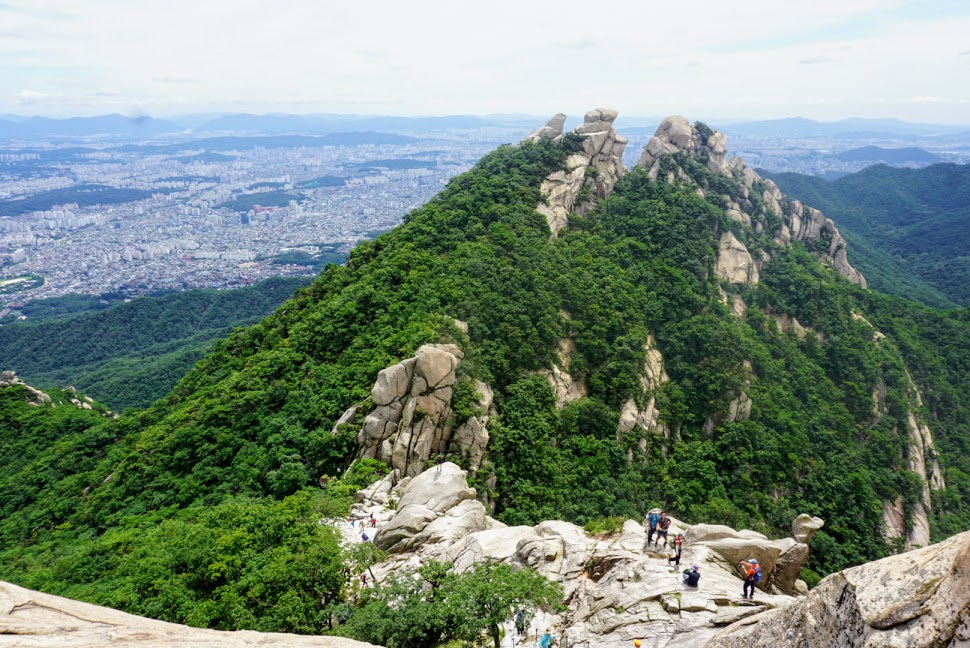 gorgeous views while hiking in bukhansan national park
