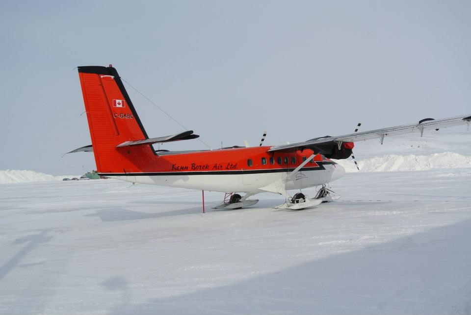 Twin otter aircraft to fly to Axel Heiberg Island, note the skis!
