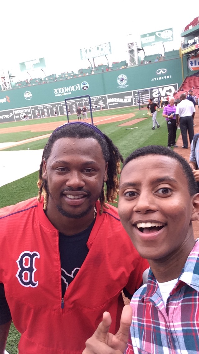 2015 intern, Abel Hailu, takes a selfie with Hanley Ramirez.