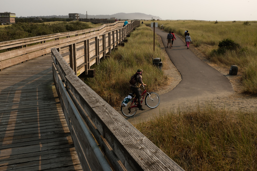 Discovery Trail and Long Beach boardwalk