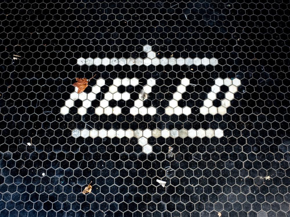 Hello-1.jpg