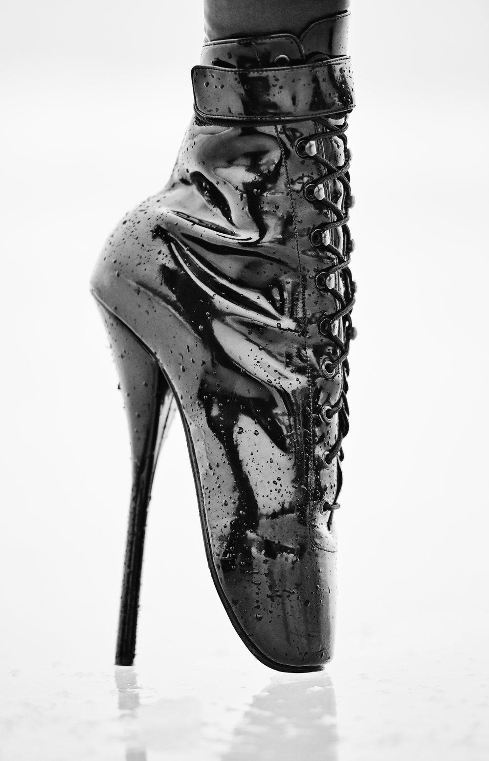 """Julia Comita x TwistedLamb- """"Mr. Vamp""""- 26x40- Digital Inkjet Print- Edition of 10- 2016- $1200.jpg"""