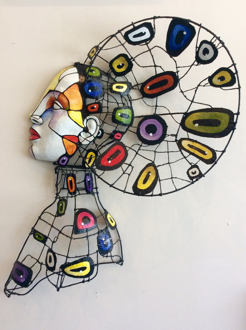 D-Gallerie_Miguel Hernandez _ Busto Bajo Relieve Femenino_ 29_x34_ _ Mixed Media _ 2016 _$850.jpg