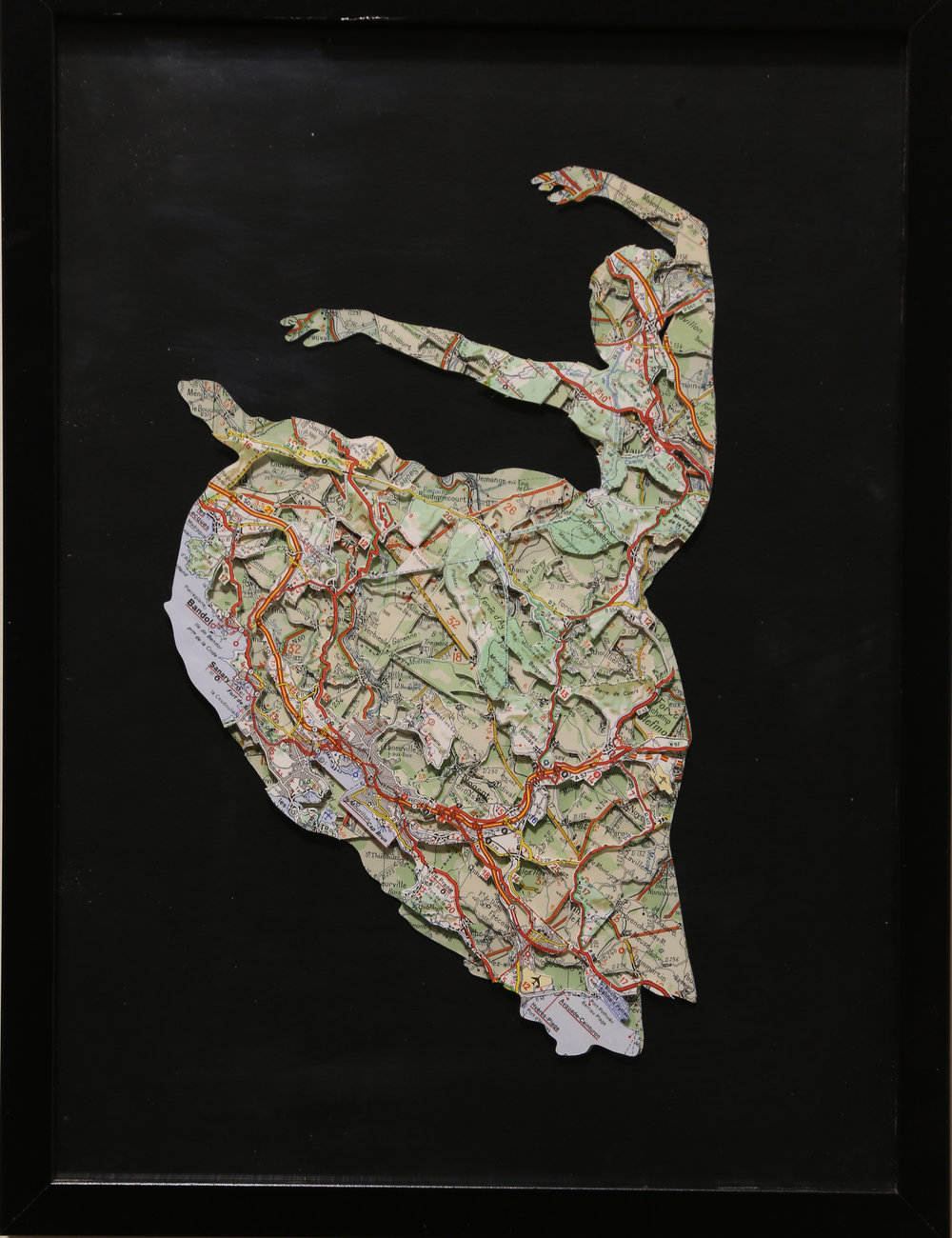 GalleryOonH-Joanthan Bessaci-Flamenco-2017-Michelin maps and glass-.JPG