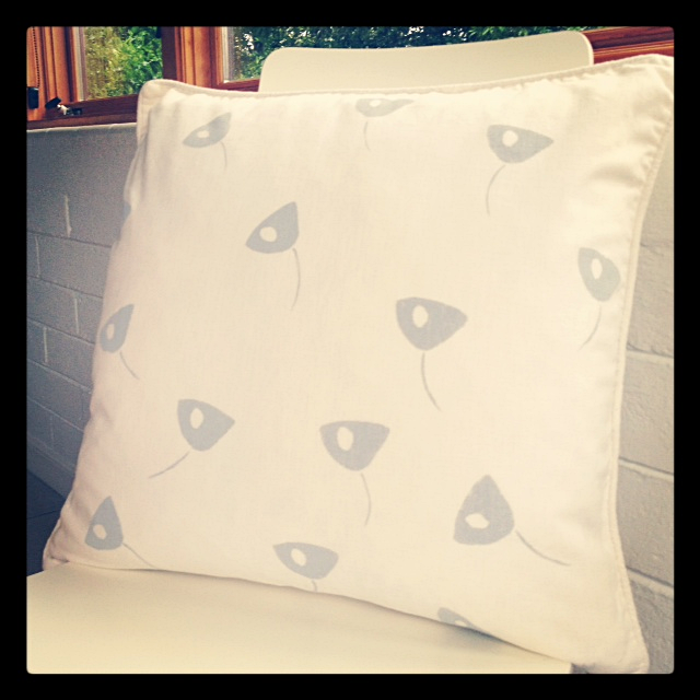 indobay Blooms Handprinted modern pillow/cushion cover