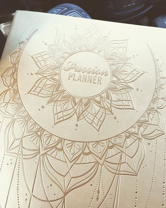 Third year using this planner by @passionplanner. This gold color...🙌 ... #passionplanner
